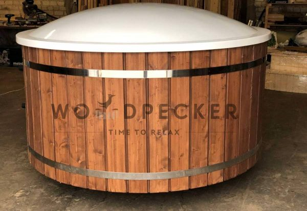 fiberglass hot tub, spa hot tub, spa tub woodpecker PRIME hot tub